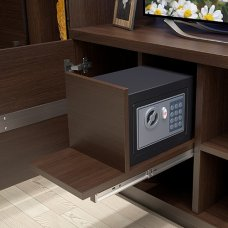 Як правильно вбудовувати сейф в меблі?